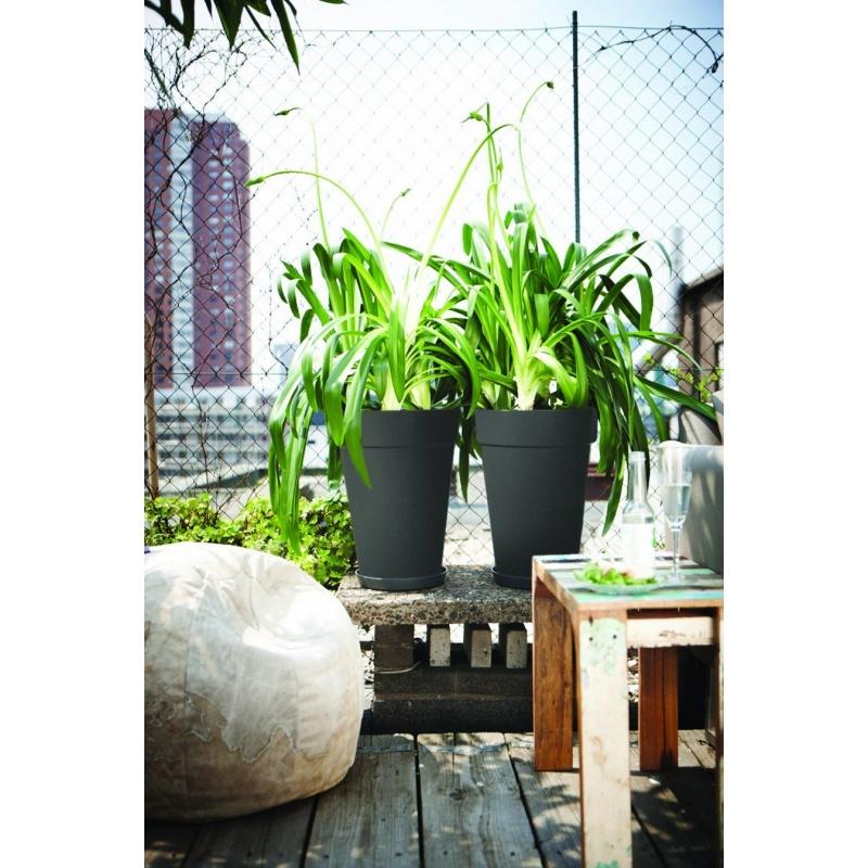 blumentopf hoch cheap vondom stone pflanzengef cm with blumentopf hoch good blumentopf mit. Black Bedroom Furniture Sets. Home Design Ideas